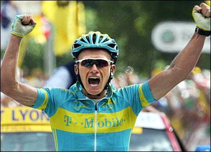 Vinokurov vince la Liegi
